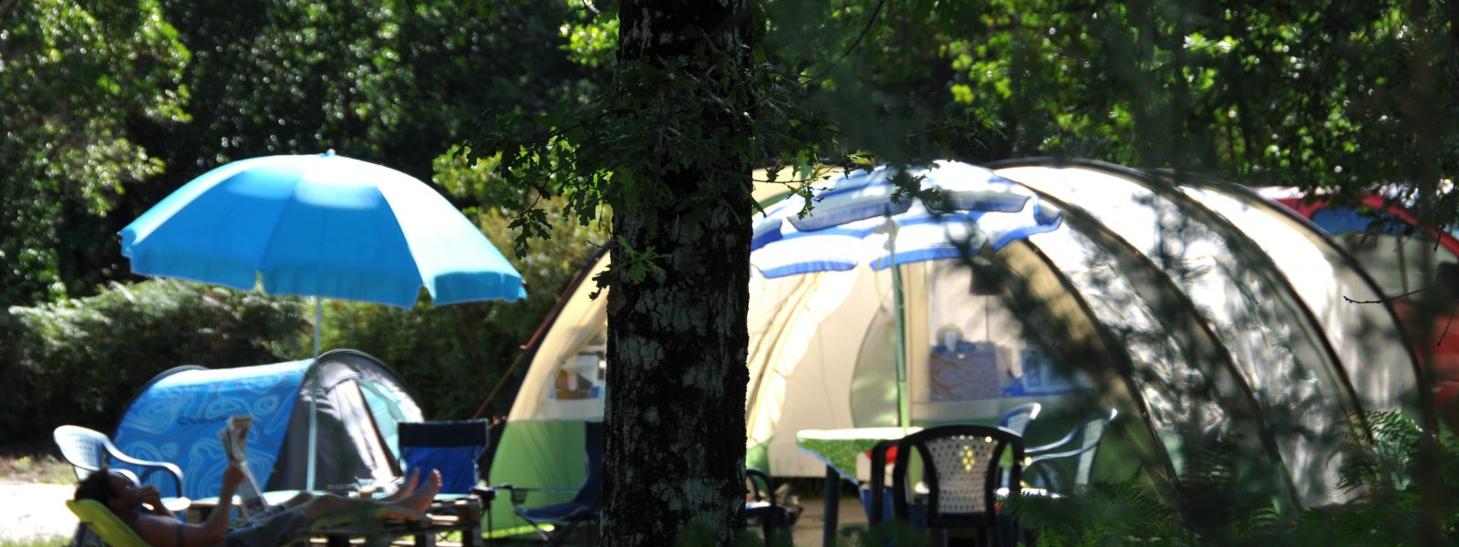 Emplacement ombragé camping Biscarrosse